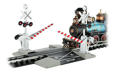 Bachmann #96214 G Scale Dual Operating Crossing Gates New