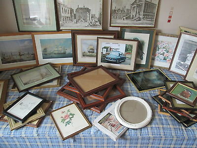 picture and photo frames joblot (around 30/32 in total)  **