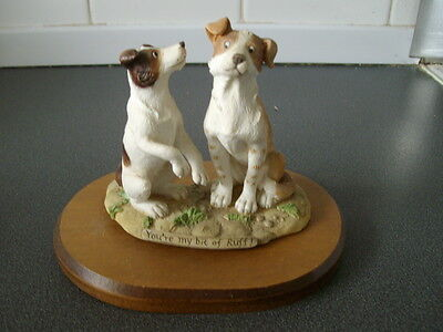 Country Artists / Dogs With Wooden Stand / Ca06580