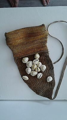 Very OLD MONEYBAG with money shells - PAPUA -  early last century