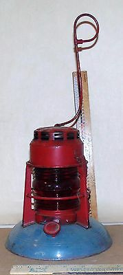 VINTAGE RED GLOBE DIETZ No. 40 TRAFFIC GARD LANTERN