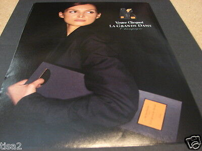 VEUVE CLICQUOT La Grande Dame CHAMPAGNE Box Pretty Brunette Woman photo 2003 Ad