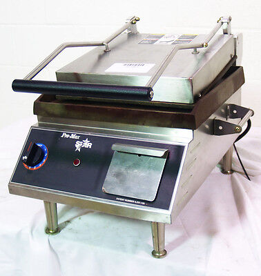 Used Star Two Sided Sandwich Grill - Iron / Smooth-14 X 14 - GR14I