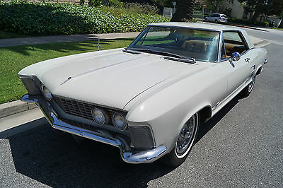 1963 Buick Riviera RARE EARLY MODEL WITH SLICK DASH & FACTORY AC 1963 401/325HP V8 - DESIRABLE & RARE EARLY MODEL WITH SLICK DASH & FACTORY AC