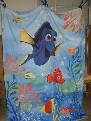 Disney FINDING DORY Reversible Baby Crib Toddler Bed Comforter