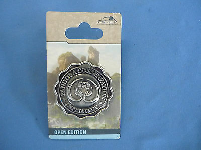 PANDORA CONSERVATION   Disney Pin 2017 Animal Kingdom Exclusive  New Card