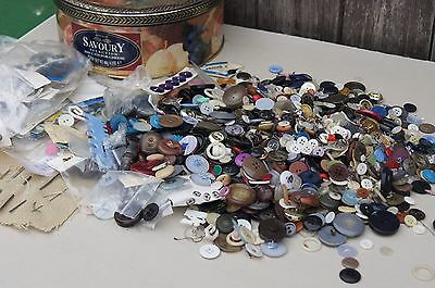 Large Tin Of Old Buttons Sewing, Craft Making, Metal, Glass, Wood, Plastic