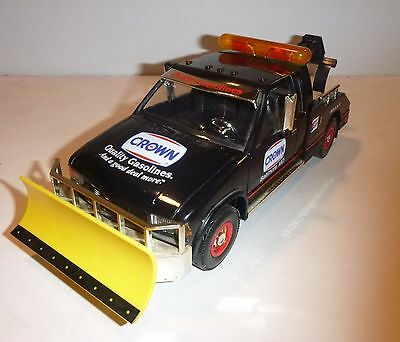 Crown Tow Truck With Snow Plow Retracting Winch 1997 Limited Edition