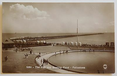 FELIXSTOWE, Pier & Boating Pond, Suffolk RP - 1920's - Vintage postcard