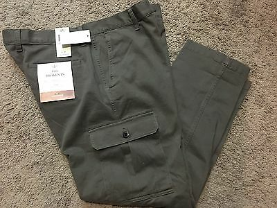 """NWT Men's Dockers """"The Broken In"""" Athletic Fit Stretch Cargo Pants 30X32 MSRP$58"""