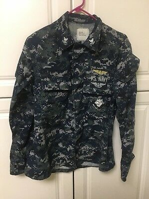 US NAVY DIGITAL CAMO BLUE Small Short Shirt With Wings Air Warfare Patches