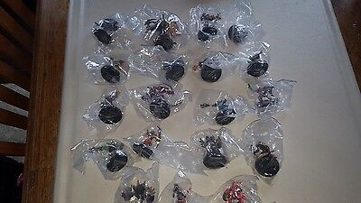 World of Warcraft Miniature spoils of wars  Lot of 19 names in Discription
