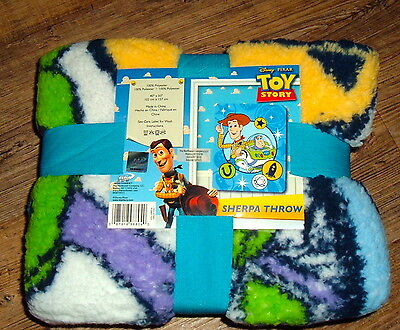 DISNEY TOY STORY PLANET TOY SHERPA Throw Brand New 40x50 WOODY & BUZZ LIGHTYEAR