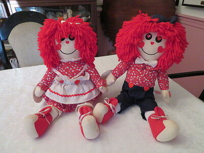 """Raggedy Ann + Andy Musical Sitting Dolls Play """" Love Will Keep Us Together """" 18"""""""