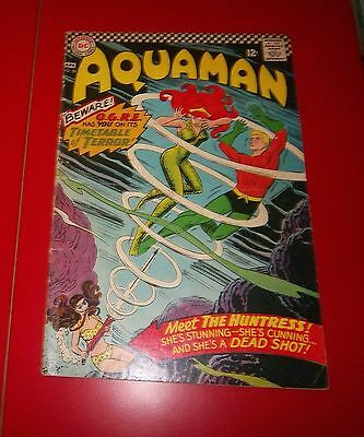 Aquaman #26 - From O.g.r.e. With Hate W/ The Huntress Silver Age 1966