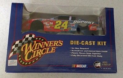 Jeff Gordon Winners Circle Die Cast 1:24 kit