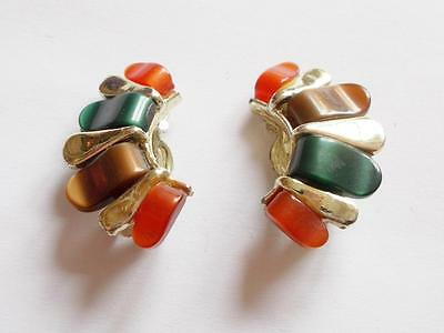 VINTAGE 1950's BROWN AMBER GREEN THERMOSET LUCITE GOLD TONE CLIP ON EARRINGS