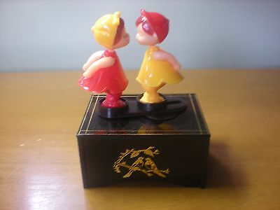 Vintage Kissing Dolls Couple Moving Wind Up Music Box by Prestige LOVE STORY