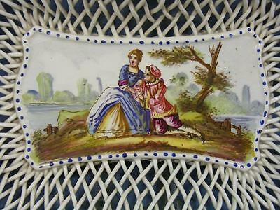 19c ANTIQUE FRENCH LILLE PAINTED WATTEAU LOVERS SCENE BASKET WEAVE DISH 1767