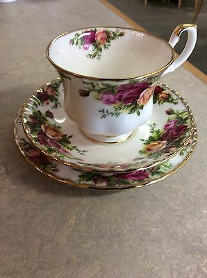 royal albert old country roses tea set trio