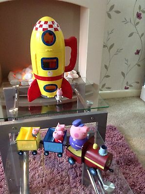 Peppa Pig Collection  Rocket And Train With Sounds +Figures Vgc