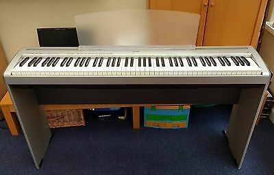 USED Yamaha Digital Piano P-85/85s complete with stand