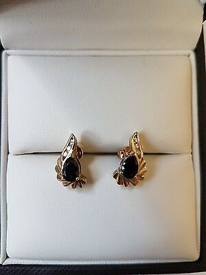 Beautiful Vintage Fine 9ct Gold Real Diamond and Sapphire Cluster Stud Earrings