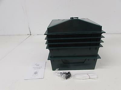 Chef's Star 3-Tray Stackable / Expandable Plastic Odorless Worm Composter
