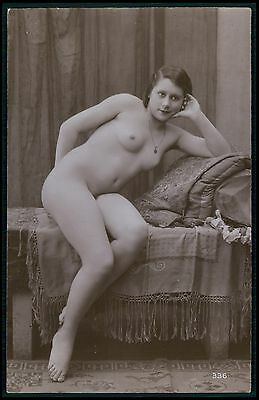 French nude woman Flapper pose in bed original c1910-1920s photo postcard
