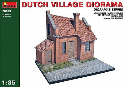 MiniArt Dutch Village Diorama Dutch Town House 1:3 5 Kit Set 36023