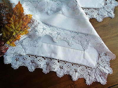 Vintage White Linen Scottish TABLECLOTH With Wide Handmade Bedfordshire Lace