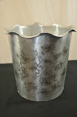 wendall august Aluminum trash can etched Flowers 1487 #4