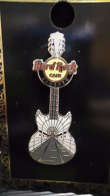 Hard Rock Cafe Pin Hamburg Elbtunnel