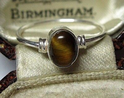 Vintage Celtic Style Jewellery Solid Silver Natural Tigers Eye Stone RING 7 O