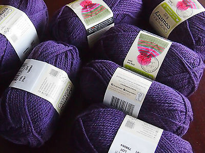 CLECKHEATON COUNTRY 10PLY ARAN wool 7 balls of 50 grams