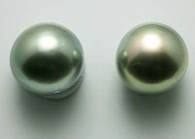15.5mm!! PAIR TAHITIAN BLACK PEARLS 100% UNTREATED UNDRILLED +CERT AVAILABLE