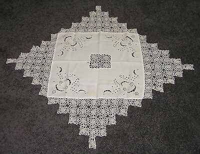 Antique Big Table Centre Piece Crochet Lace Cotton Ecru Hand Cutwork Shabby Chic