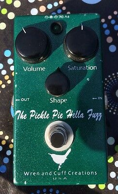 wren & cuff picle pie b hella fuzz bass fuzz and distortion effects pedal