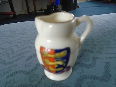 lovely little Florentine Crested China jug / ewer Hastings