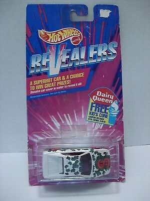Hot Wheels Revealers Ferrari 348. Scale: 1:64 With Card 1992 Dairy Queen.