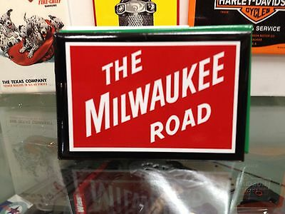 THE MILWAUKEE ROAD original full backed refrigerator RR MAGNET