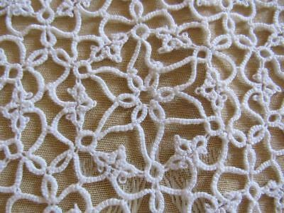 """Unusual & Beautiful Vintage Hand Done White Cotton TATTED Doily 14"""""""