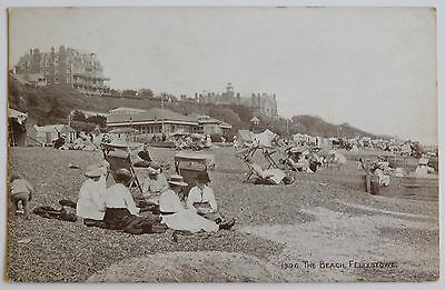FELIXSTOWE, The Beach, Suffolk - 1900's - Vintage postcard