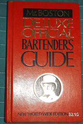 Mr Boston Deluxe Official Bartender's Guide HC book 1978 World Wide Edition Red
