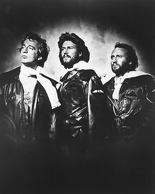"Bee Gees 10"" x 8"" Photograph no 21"