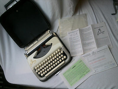 vintage german Princess 10 port. typewriter 1957 schreibmaschine+ all Papers!!