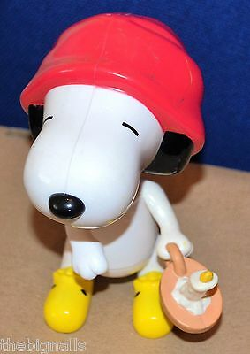 PEANUTS Snoopy BED TIME Figure