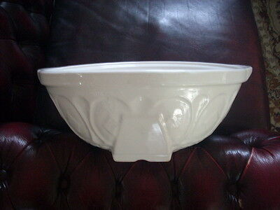 Huge White Pudding Mixing Bowl 40.2 Cm Wide