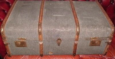LARGE Steamer TRUNK Blue Suitcase CHEST 84cm  VINTAGE Coffee Table Wood Ribbed