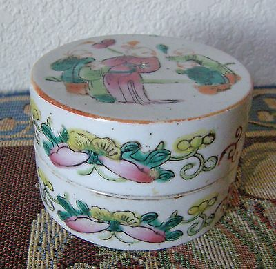 Antique Porcelain Chinese Powder Box With Figures Nice One Circa 1910 Look